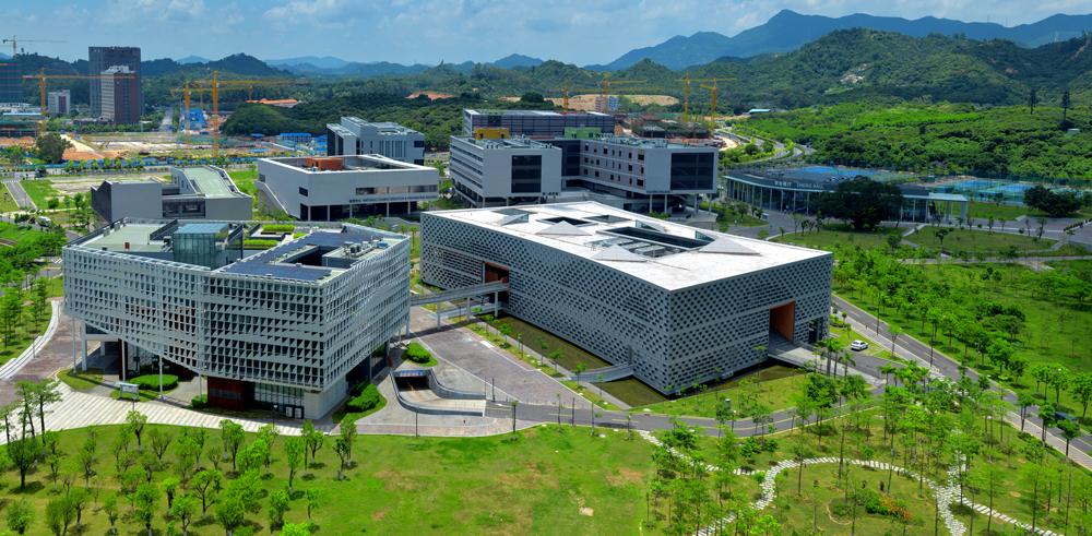 行政楼与图书馆,大学官网上最常见的宣传照之一
